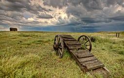 Vieux chariot Saskatchewan de roue de prairie Photos libres de droits