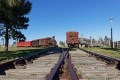Vieux chemins de fer dans une ville fantôme occidentale photo libre de droits