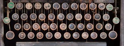 Vieux clavier de machine à écrire manuel Photographie stock libre de droits