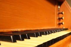 Vieux clavier de pipe-organe photos libres de droits