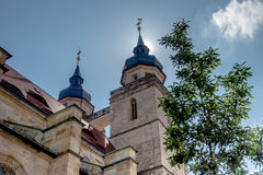 Vieux clocher d'église de ville de Bayreuth Photographie stock libre de droits