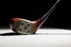 Vieux club de golf en bois Photo stock