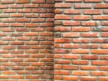 Vieux coin de mur de briques Images libres de droits