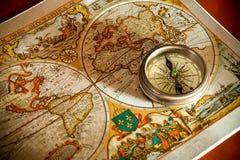 Vieux concepts de carte et de compas photo libre de droits