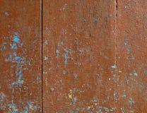 Vieux conseils en bois avec des traces des peintures bleues là-dessus Photos stock