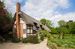 Vieux cottage anglais rural Photos stock