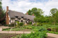 Vieux cottage anglais rural Photos stock
