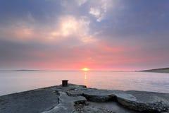 Vieux coucher du soleil de quai Photographie stock libre de droits