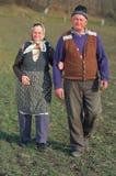 Vieux couples confus Image stock