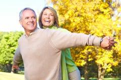 Vieux couples d'aînés Photographie stock libre de droits