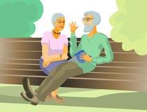 Vieux couples sur le banc Photo libre de droits