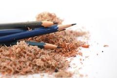 Vieux crayons dans la puce photo stock