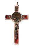 Vieux crucifix argenté d'isolement Images stock
