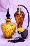 Vieux décanteurs 2 de parfum Images stock