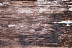Vieux délabrement en bois avec le fond grunge foncé de texture image libre de droits