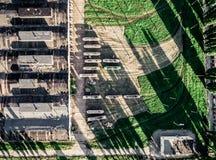 Vieux dépôt et trams de tram dans la cour, vue supérieure Photo libre de droits