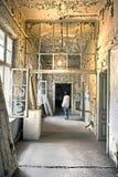Vieux de fenêtre de porte ruiné Photos libres de droits