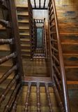 Vieux escaliers architecture et étapes photographie stock