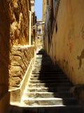 Vieux escaliers de tuf image libre de droits