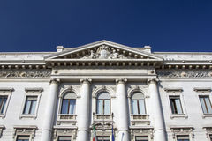 Vieux et classique édifice bancaire Photo libre de droits