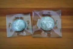 Vieux 2 et 5 marks nazis de pièces de monnaie, image libre de droits
