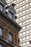 Vieux et neuf à Bruxelles Photographie stock libre de droits