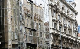 Vieux et nouveaux bâtiments, Belgrade, Serbie photos stock