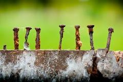 Vieux et rouillés clous Image libre de droits