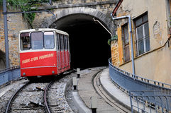 vieux för fourvierefuniculairelyon tunnel Arkivfoton