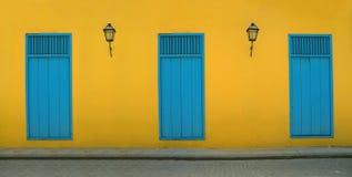 Vieux facada de la Havane image stock