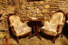 Vieux fauteuils photo stock