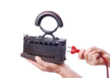Vieux fer et câble de l'électricité Photographie stock