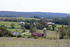 Vieux fermes et champs Photo libre de droits