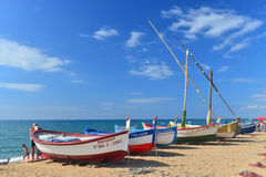 Vieux fishboats sur la plage Photographie stock libre de droits