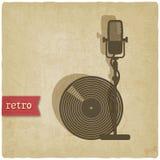 Vieux fond avec le microphone et le disque Images libres de droits
