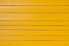Vieux fond en bois jaune de planche Photos stock