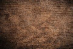 Vieux fond en bois texturisé foncé grunge, la surface de la vieille texture en bois brune, panneautage en bois de brun de vue sup photographie stock