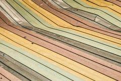 Vieux fond endommagé coloré de toit de feuillard Photographie stock libre de droits