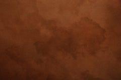 Vieux fond foncé de parchemin de papier brun photos libres de droits