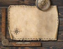 Vieux fond vide de carte avec la boussole Concept d'aventure et de voyage illustration 3D Photo libre de droits