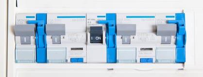 Vieux fusebox allemand, avec les boutons bleus Image libre de droits