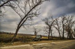Vieux gaz soviétique 69 de voiture au bord de la route dans Gazakh l'azerbaïdjan Images libres de droits