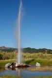 Vieux geyser fidèle photographie stock libre de droits