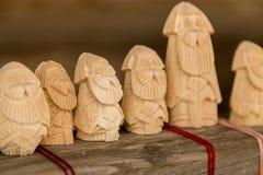 Vieux gnomes barbus, esprit de gardien des bois Photo libre de droits