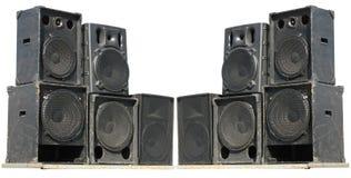 Vieux haut-parleurs puissants d'acoustique de concert d'étape Images stock