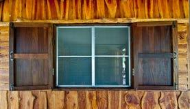 Vieux hublots en bois Image libre de droits