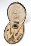 Vieux kit de couture argenté photos libres de droits