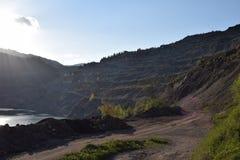 Vieux lac de mine dans le jour d'hiver Photo stock