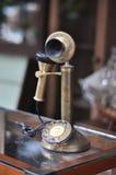 Vieux laiton d'antiquité de téléphone Photos stock