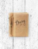 Vieux livre sur la texture grunge en bois Photo libre de droits